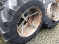 Wheels, Tyres, Rims & Dual spacers Michelin 16.9r34 dubbellucht